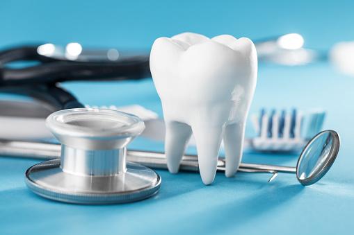 رشته پروتز دندان بدون کنکور